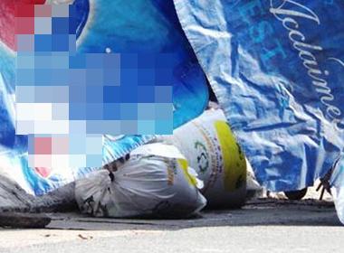 Xác người phụ nữ bị chặt trong 2 bao tải ở Sài Gòn