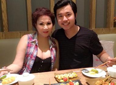 Người tình U60 của Vũ Hoàng Việt tái xuất gợi cảm bất ngờ