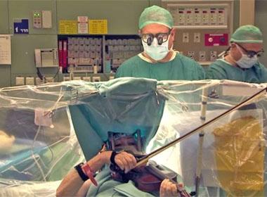 Những chuyện kỳ lạ xảy ra lúc đang phẫu thuật