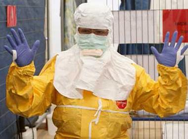 Ebola và những tin đồn cực hài về virus chết người