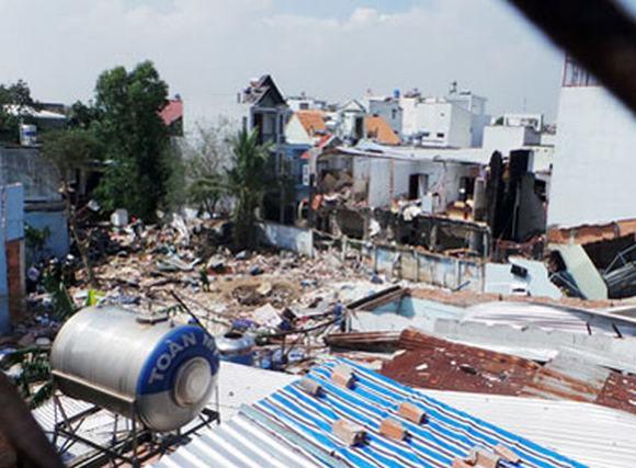 Vụ nổ ở TP HCM: Sức nổ khủng khiếp nhìn từ bên trong công ty phân bón