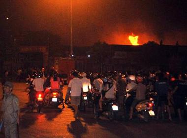 Thiệt hại 5 tỷ đồng trong vụ cháy xưởng gần tòa nhà Keangnam