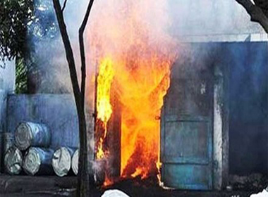 Nổ nhà máy sản xuất pháo ở Ấn Độ, 17 người chết thảm