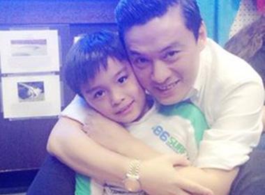 Sau khi bị cướp, Lam Trường tìm bình yên bên con trai