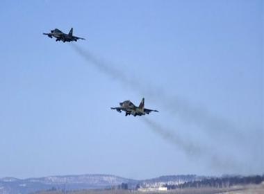 Thêm 2 chiến đấu cơ Ukraine bị quân ly khai bắn hạ