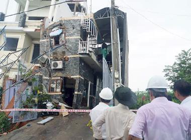 30 giây thoát thân của những người trong căn nhà 4 tầng bị sập ở Bình Dương