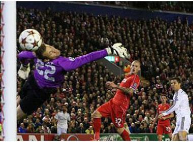 Ronaldo lập công, Real Madrid đại thắng Liverpool