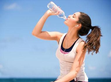 Giờ uống nước tốt nhất cho cơ thể