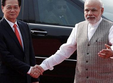 Tình hình biển Đông chiều 29/10: Hợp tác quốc phòng, an ninh Việt Nam- Ấn Độ phát triển mạnh