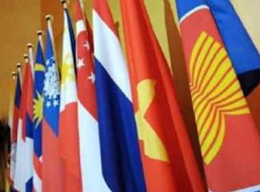 Tình hình biển Đông chiều 30/10: ASEAN-Trung Quốc thiết lập hai đường dây nóng