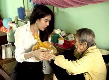 Những sao Việt âm thầm làm từ thiện