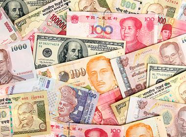 Người châu Á tin tiền bạc mang lại hạnh phúc