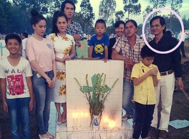 Ngọc Trinh giản dị bên cha ruột về quê thăm mộ mẹ