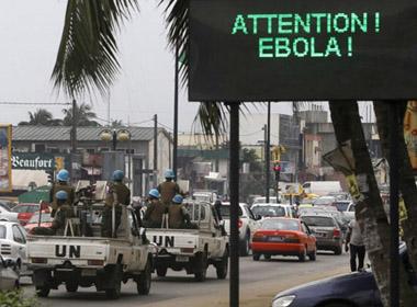 4950 người chết vì Ebola
