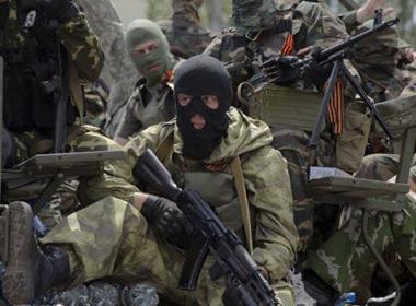 Ly khai Ukraine gấp rút huy động lực lượng, quân đội Kiev lo sốt vó