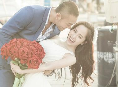 Quỳnh Nga: 'Tôi thấy nhàm khi nghe đồn ông xã lưỡng tính'