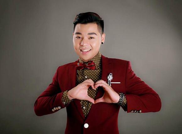 Hoài Nam Sao mai tổ chức minishow tri ân khán giả sau 5 năm ca hát