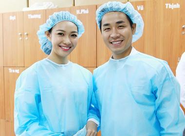 Nguyên Khang - Bích Khanh đồng hành với người sáng lập Operation Smile