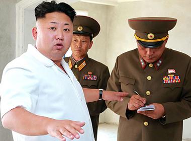 Ông Kim Jong-un chỉ đạo diễn tập quân sự