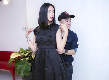 Ngô Thanh Vân thử trang phục Twins của Đỗ Mạnh Cường
