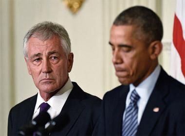 Vì sao Obama bất ngờ 'thay tướng' Lầu Năm Góc?
