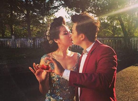 Hậu trường chụp ảnh cưới của Lê Khánh và chồng tương lai cực điển trai