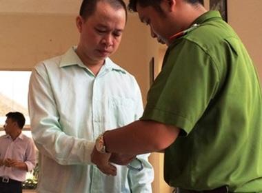 Phạt 'Cháu bí thư tỉnh ủy' 30 tháng tù