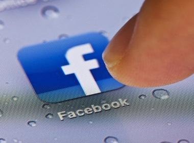Tin lời bạn trên Facebook, 4 nữ sinh bỏ nhà đi