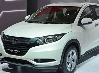 Ô tô Ấn Độ, Indo giá 400 triệu đổ vào Việt Nam