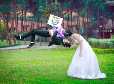 Nỗi buồn sau ngày cưới của cặp đôi đồng tính nữ đầu tiên ở Thanh Hóa
