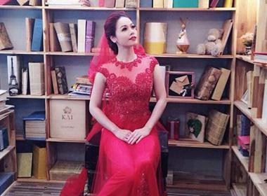 Nhật Kim Anh khoe ảnh mặc váy cưới 'trấn an' fans