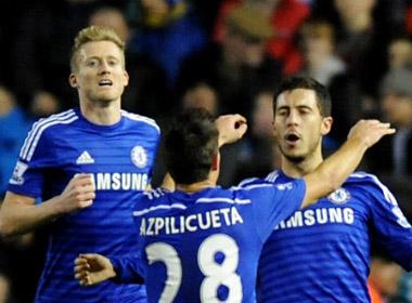 Chelsea dễ dàng vào bán kết Capital One Cup
