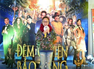 Con gái Thanh Lam nhí nhảnh đi xem phim Night at the museum