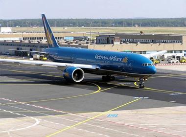 Vì sao máy bay Vietnam Airlines sắp đến Vinh lại phải bay ra Hà Nội?