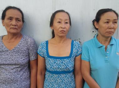 3 'nữ quái' dùng giấy tờ, sổ đỏ giả đi cầm cố sa lưới