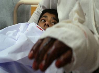 Giờ phút kinh hoàng trong ngôi trường bị thảm sát ở Pakistan