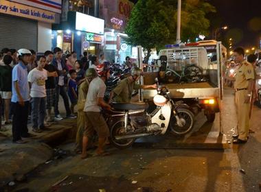 'Xe điên' gây tai nạn liên hoàn, 4 người cấp cứu