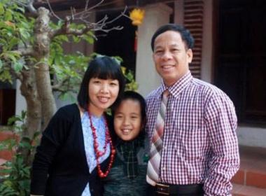 Lan truyền bài thơ của thần đồng Nhật Nam tặng bố mẹ