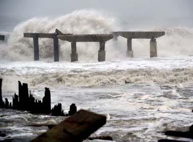 Dự báo thời tiết ngày 19/12: Cảnh báo gió mạnh sóng lớn