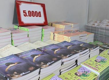 Ngày hội giảm giá sách hàng loạt còn 0 đồng