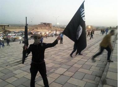 IS hành quyết 100 tay súng nước ngoài tìm cách đào thoát