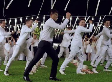 Cận cảnh Công Vinh nhảy siêu dễ thương trong MV cưới của Thủy Tiên