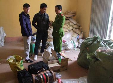 366 iPhone Trung Quốc bị thu giữ ở Lạng Sơn