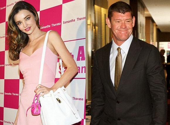 Miranda Kerr được đại gia giàu nhất nước Úc tặng hoa tai kim cương 2 tỷ