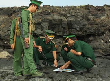 Vinh quang Quân đội 'Vì nhân dân quên mình'!