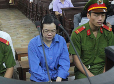 TRỰC TIẾP xét xử vụ Huyền Như: Xem xét các kháng cáo về tài sản bị phong tỏa