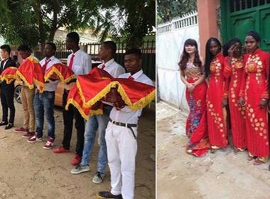 Đám hỏi của cặp đôi Việt với đội bê tráp Angola gây xôn xao