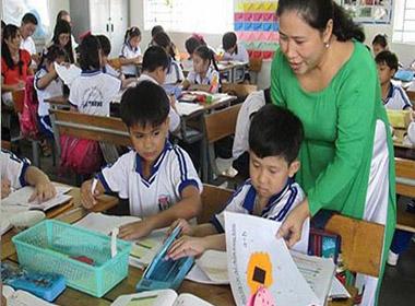 Không dùng kiểm tra định kỳ để xếp loại học sinh tiểu học