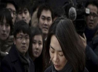 Một quan chức bị bắt vì tiết lộ thông tin vụ con gái tổng giám đốc Korean Air