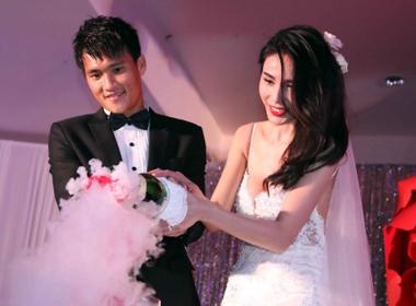 Công Vinh và Thủy Tiên hạnh phúc tột cùng trong ngày cưới